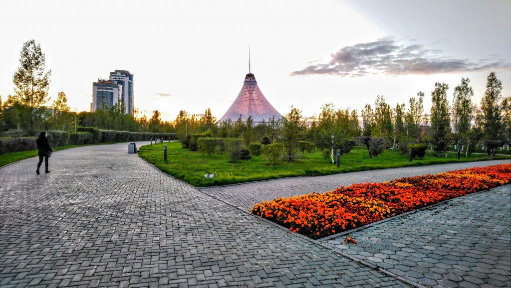 Norman Foster Khan Shatyr Entertainment Center Astana